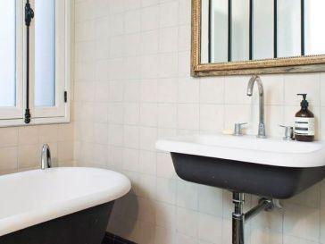 Id e d coration salle de bain meuble de design for Idee deco salle de bain ancienne