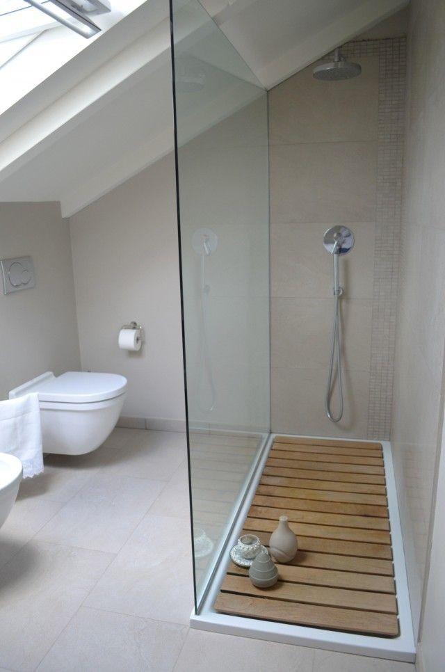 idée décoration salle de bain - salle de douche bois caillebotis ... - Caillebotis Pour Salle De Bain