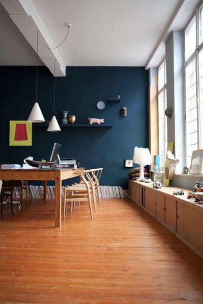 Salon Salle A Manger Bleu : Déco salon salle à manger au mur bleu canard fenêtre