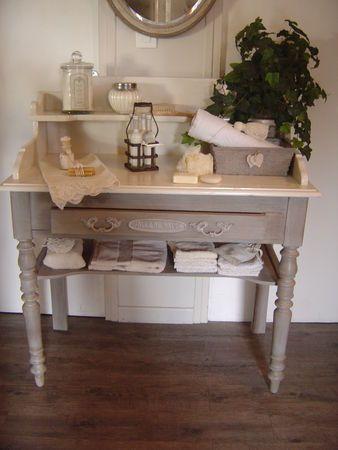 id e d coration salle de bain petit meuble de toilette leading inspiration. Black Bedroom Furniture Sets. Home Design Ideas