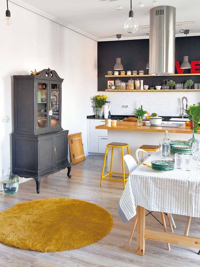 salle manger cuisine ouverte esprit scandinave blanc gris et bois touches de jaune mc5. Black Bedroom Furniture Sets. Home Design Ideas