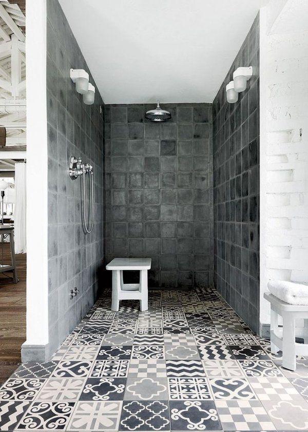 Id e d coration salle de bain carreaux de ciment dans la for Carreaux salle de bain