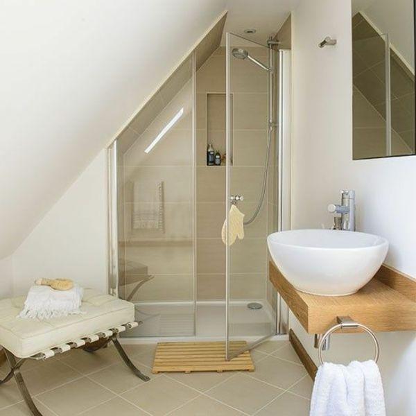 Id e d coration salle de bain une salle de bain avec une for Deco chambre avec salle de bain