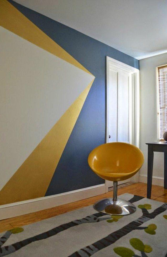 Dco Salon  comment peindre un mur mur  fugures gomtriques en gris et jaune chaise j