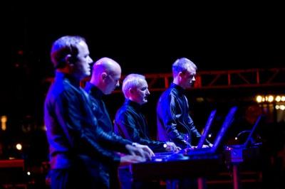 Coachella Saturday Night 4 Kraftwerk