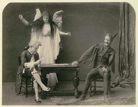 Top 10 Creepy Aspects of Victorian Life | ViralSocialBuzz