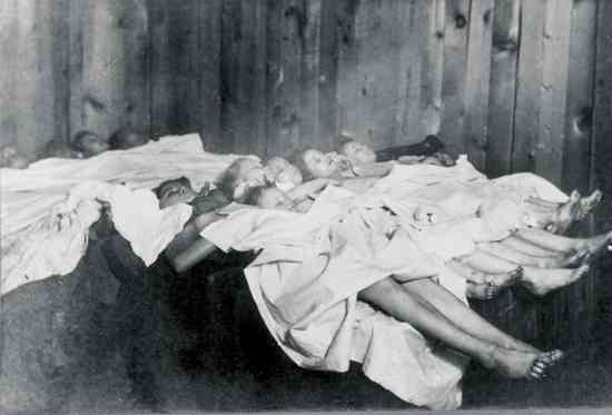 Calumet Bodies Of Victims 2