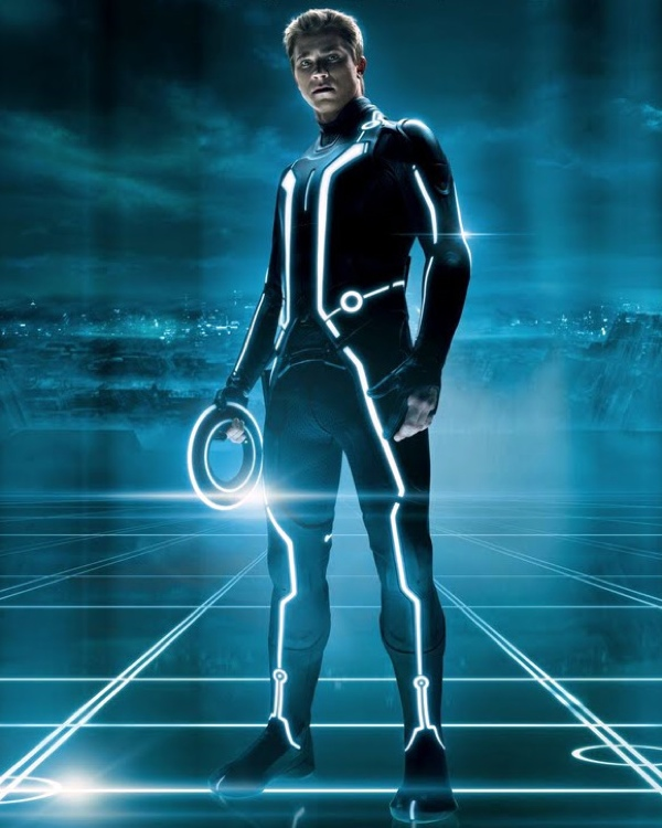 Tron-Legacy Garrett-Hedlund-Full Image-Credit-Disney-Enterprises-Inc