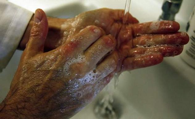 120622- Hand Wash 2 1576833