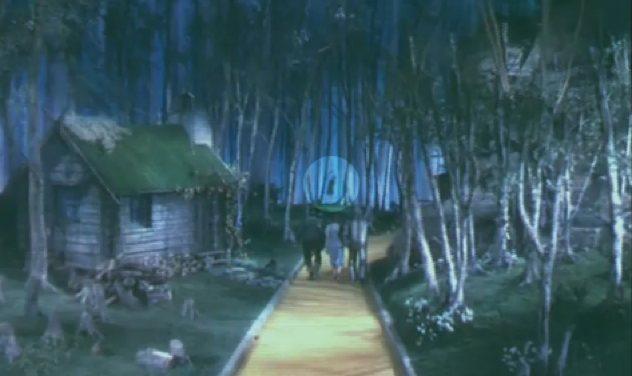 Wizard-Of-Oz-Hanging-Munchkin