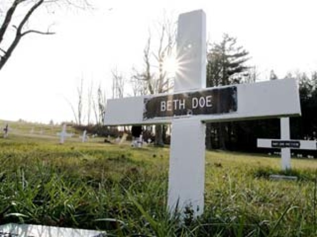 1 61 103007 Beth Doe Grave