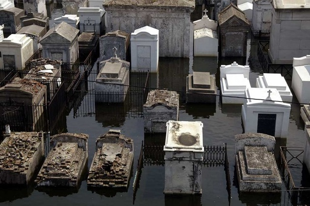 Flooded Cemetary New Orleans-1
