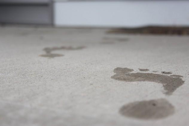 Wet_Foot_Prints