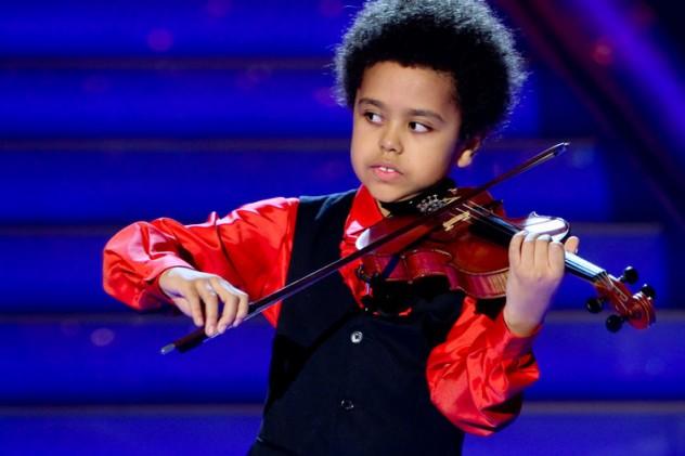 Das Adventsfest der 100.000 Lichter in Suhl - Violinist Akim