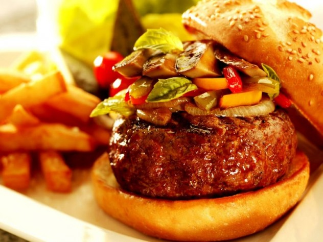 item2.rendition.slideshowWideHorizontal.burger-bar-las-vegas-restaurant-rossini-burger
