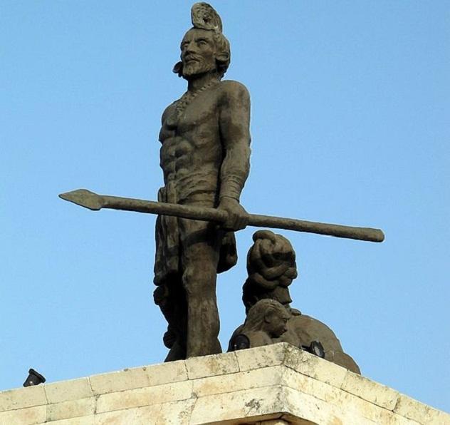 Monumento_a_Gonzalo_Guerro_Mérida_Yucatán