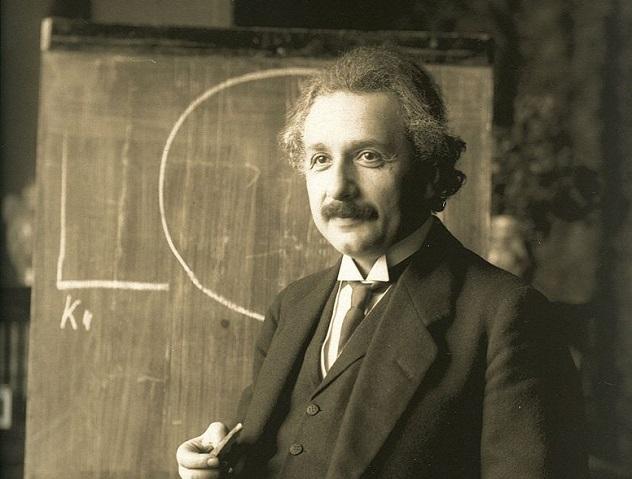 780px-Einstein_1921_by_F_Schmutzer