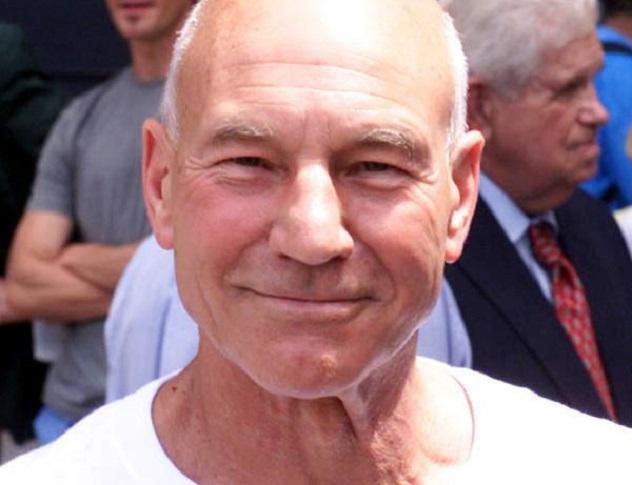 PatrickStewart2004-08-03
