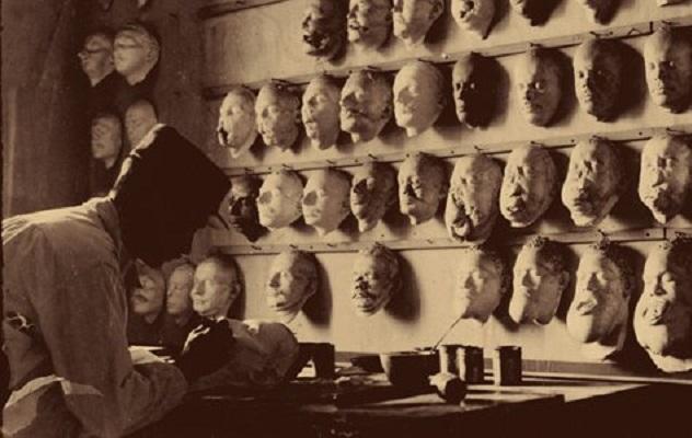 world-war-1-face-masks-631.jpg__800x600_q85_crop