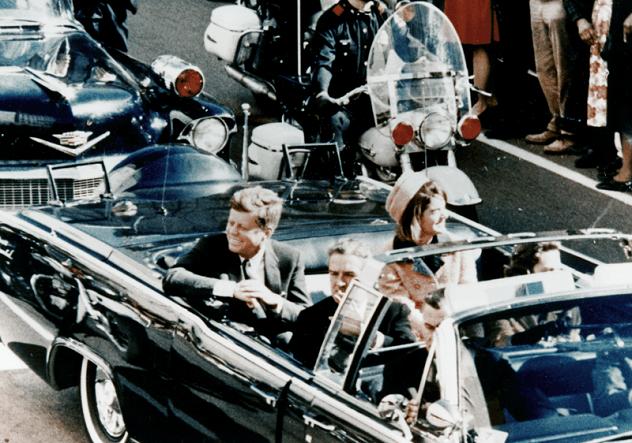 959px-JFK_limousine