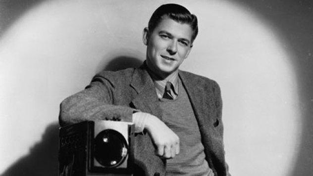 Ronald-Reagan-circa-1939-007