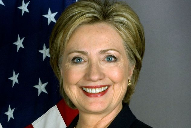 9_2048px-Hillary_Clinton_official_Secretary_of_State_portrait_crop