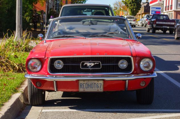 3-ford-mustang_000028740764_Small