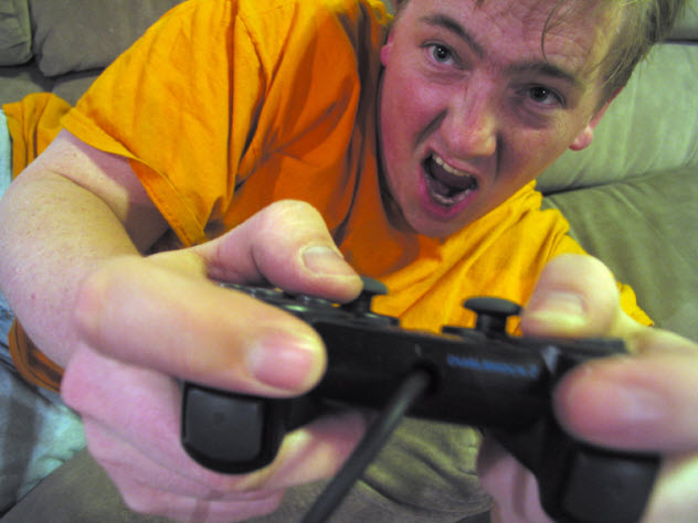 6-video-game-aggression_000000081097_Small