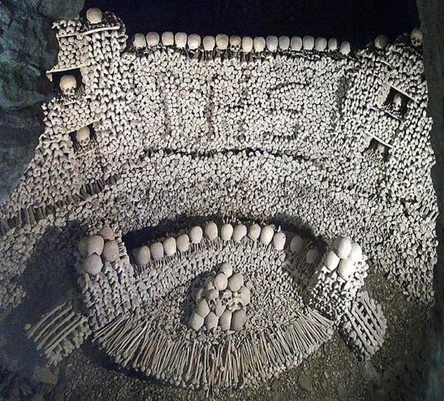 10-eggenburg-ossuary