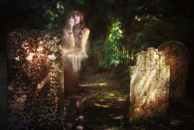 9-ghost-girl-cemetery_16594949_SMALL