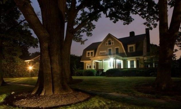 2-watchers-house