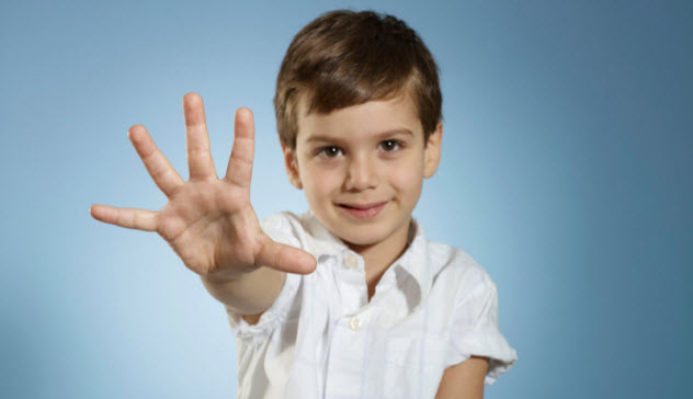 9a-young-boy-fingers-outstretched_78053505_SMALL
