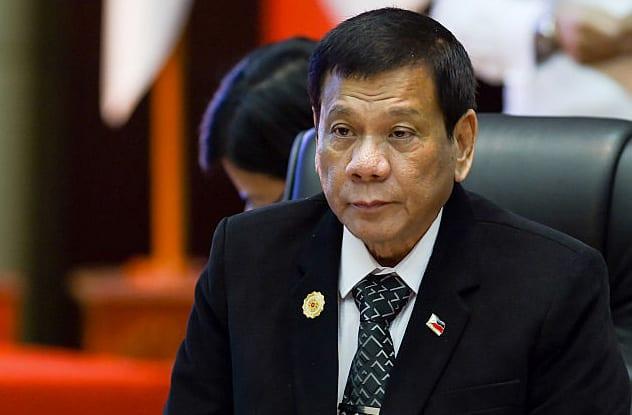 10-10 - OMG! President Digong is now in Listverse! - Tira-Pasagad | Saksak-Sinagol