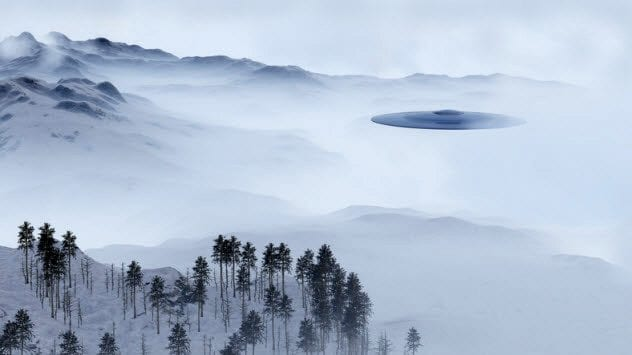 3b-ufo-mountains-614417442