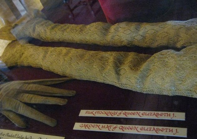 8-elizabeths-silk-stockings