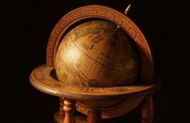 6b-antique-globe-136256118