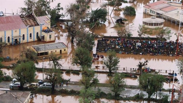 Cyclone Idai: 'Women, Babies Trapped in Trees' Following Deadly Mozambique Storm