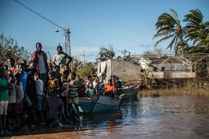 Cyclone Idai: Death toll rises to more than 700 across Mozambique, Zimbabwe and Malawi