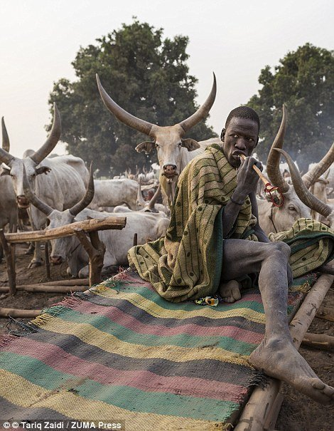 Meet the Mundari People of South Sudan who Bathe in Urine of Cows to Prevent Infections