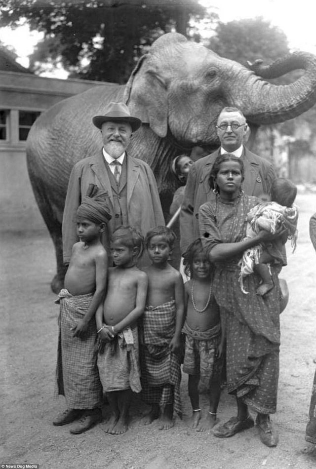 African family to be taken to Berlin zoo
