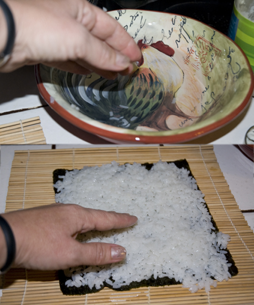 Wetting sushi rice