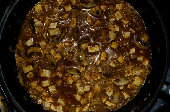final curry simmer in pan