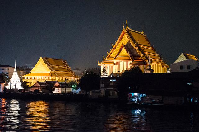 evening cruise in Bangkok