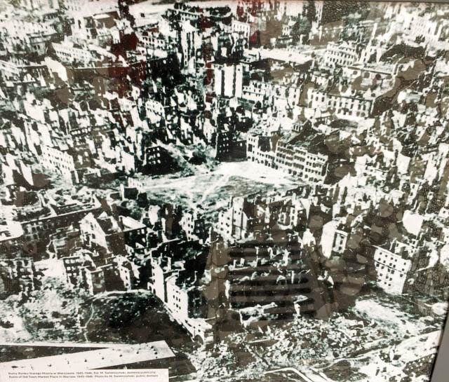 Warsaw destroyed buildings