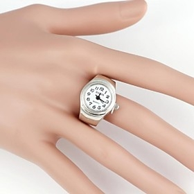 $Απλή Round Metal Quartz Αναλογικά Ring Watch (1Pc)