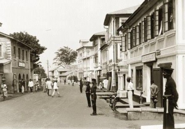 Tunde King's childhood neigbourhood, Lagos Island in 1925.