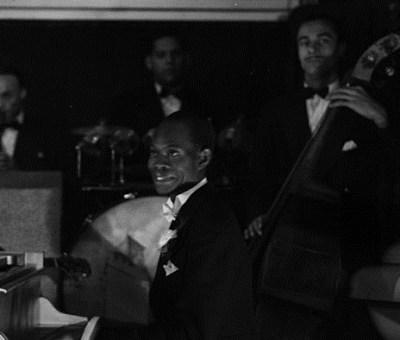 Audio below is an orchestra's rendition of Sowande's Oyigiyigi.