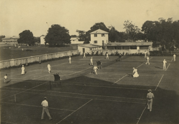 Colonialists on the tennis courts Government House in Lagos., ca.1910