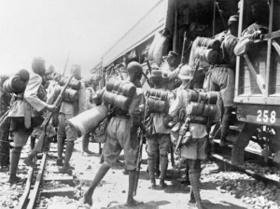 During the World War I: 1st Battalion, The Nigeria Regiment entrain at Kaduna for Lagos.