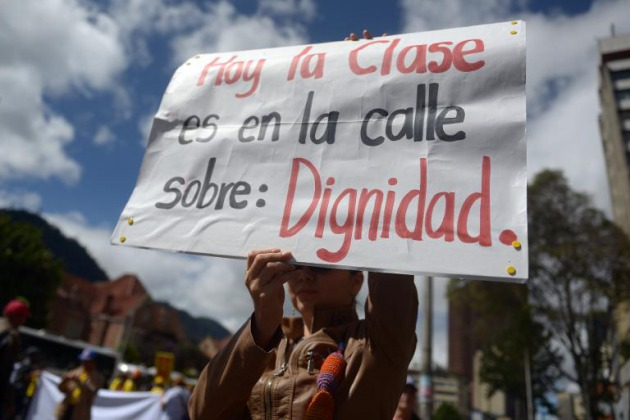 Argentina La Lucha En Defensa De La Educación Pública Es